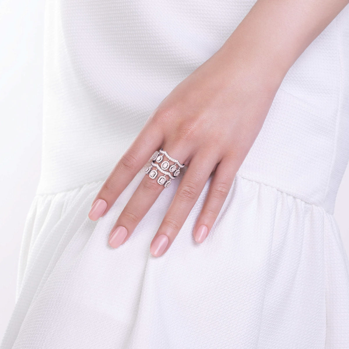 White gold and diamonds ring Ariana collection