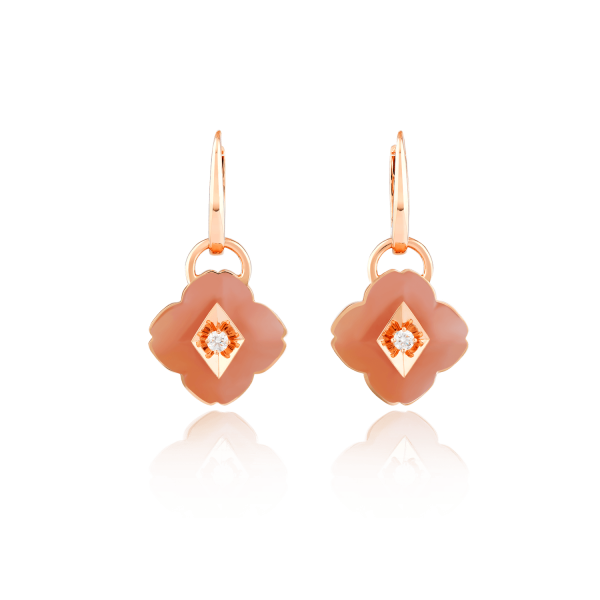 Zeste earrings in 18K rose gold featuring 2 pink opals (9.95 carats) and 2 diamonds (0.11 carat).