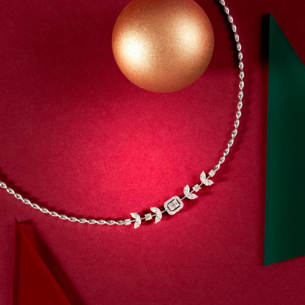 Celebrate the holiday season with Sartoro
