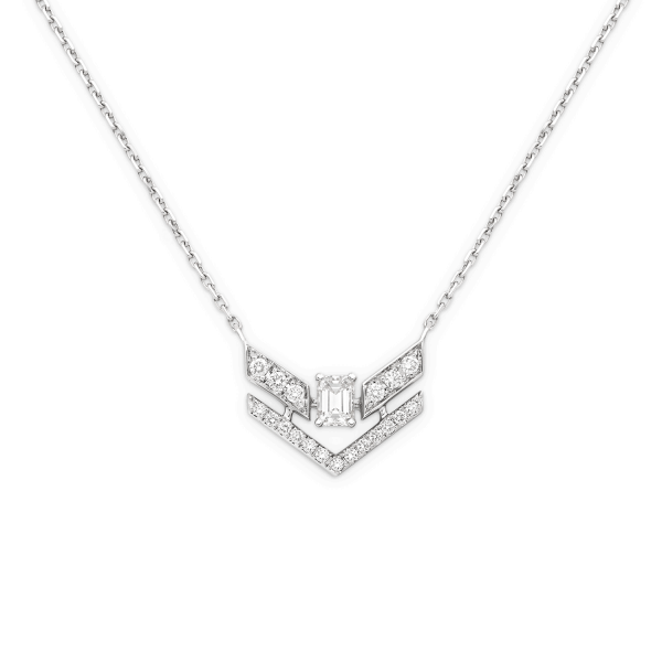 white gold and diamonds pendant